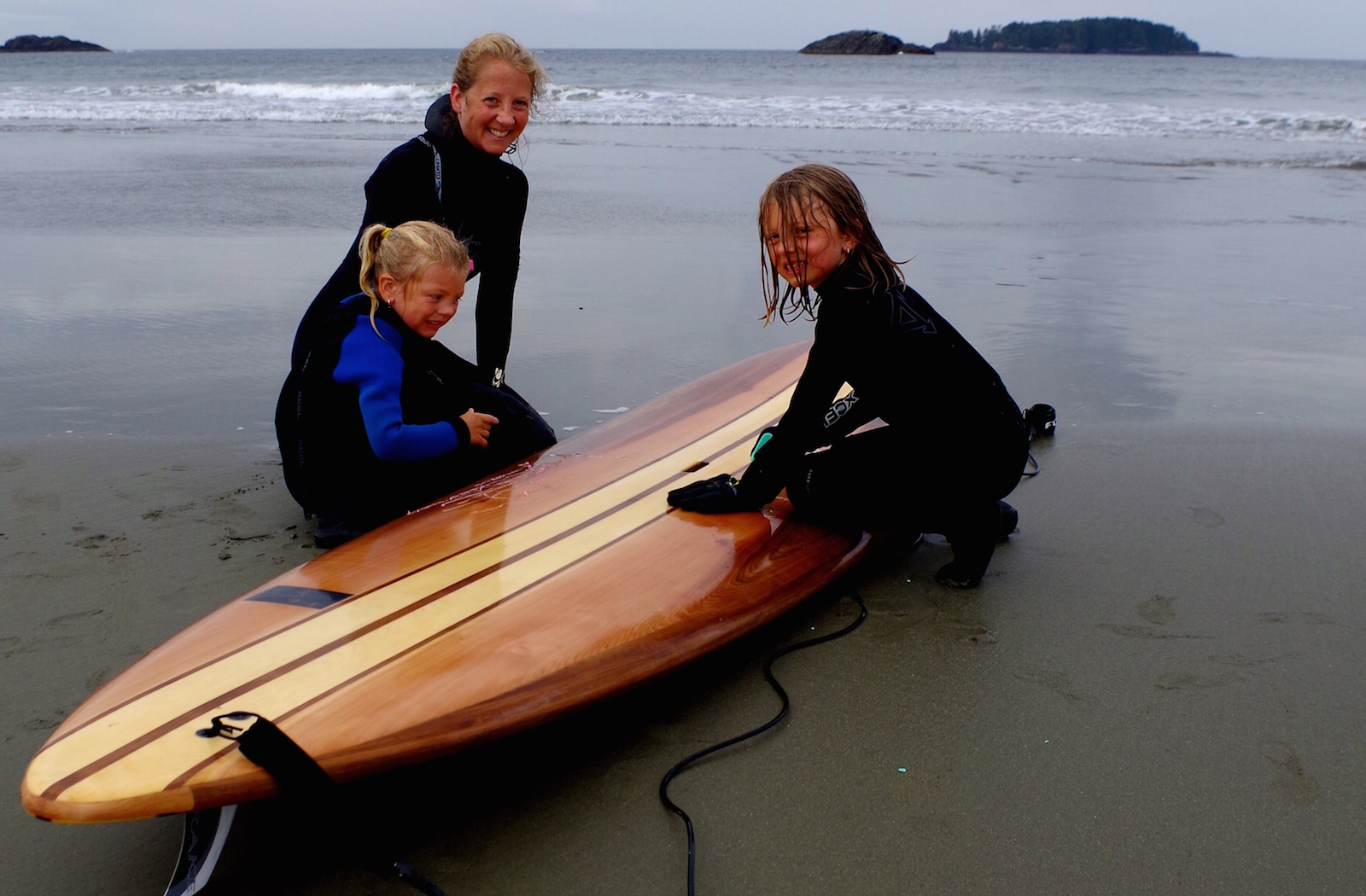Sliver Hollow Wood Paddleboards - Tofino