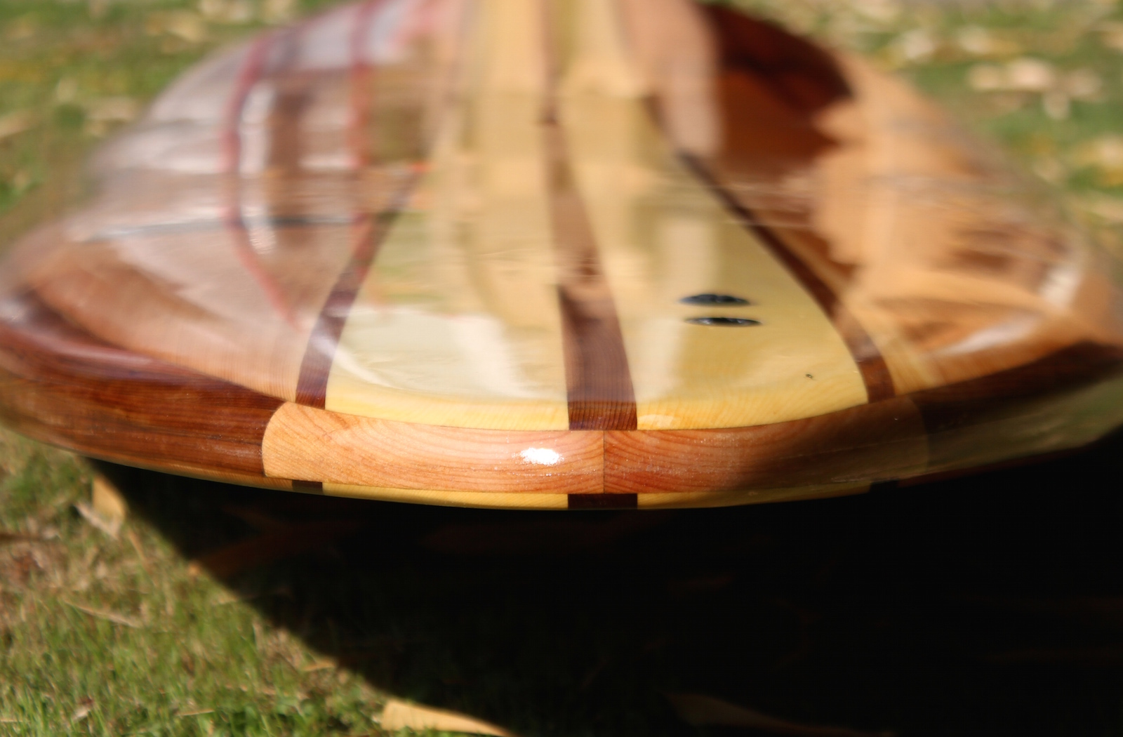 Hollow wood paddle board - tail