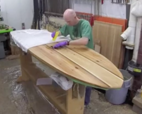 Video - How to laminate a wood paddle board