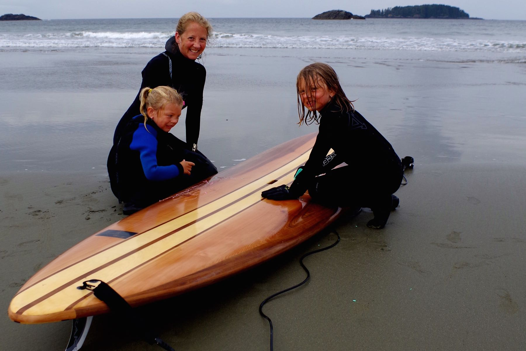 Wood paddleboard tofino